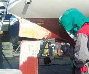 Cleaning of flaps, fins, stern drives